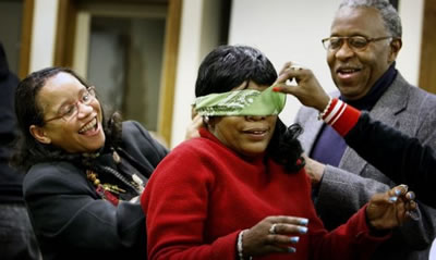 Free blindfold team building activity
